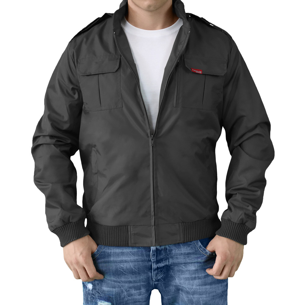 Personally, I am a huge fan of double breasted jackets but if you want to stay cool in the summer, single breasted coats are definitely the way to go because a DB jacket adds another layer of fabric that makes you feel warmer, not cooler.