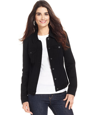 A men's black denim jacket can be a great alternative to a black blazer for a smart-casual occasion. This is also a great alternative to a black leather jacket. This is also a great alternative to a black leather jacket.