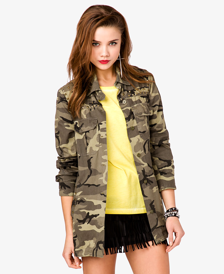Women have an array of choices in military and military-style jackets, whether you're looking for authentic army surplus or a high-end, silky feel. Choose from an array of fashionable brands and sizes with features that fit your style and needs.