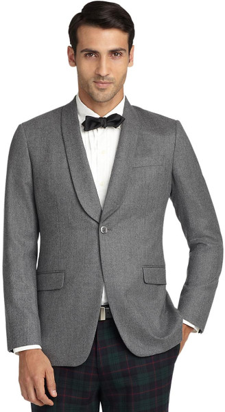 White tuxedos are very popular, and so is a white dinner jacket. These jackets are not only reserved for daytime events, as you can wear white to formal evening events as well. This means you have more options to choose from, as you can mix and match your white jacket to suit almost any style.