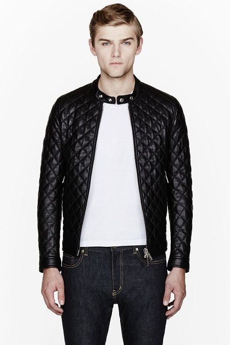 The most common colours for men's leather jackets are black and brown - pieces of timeless fashion as depicted by bikers and desirable 'bad boys' in movies and magazines. But if you are a trendsetter and want to break the mold of clichéd fashion choices, grey and blue are also great choices of colours for leather jackets that allow you.